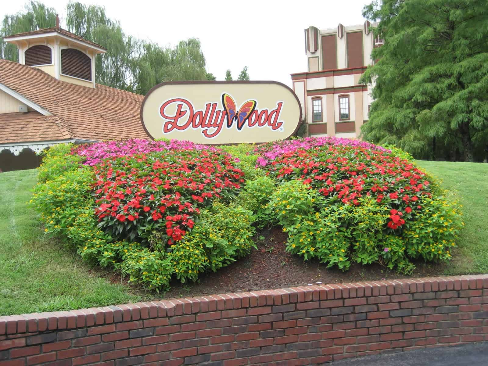 Dollywood Shops Create Their Own Special Memories