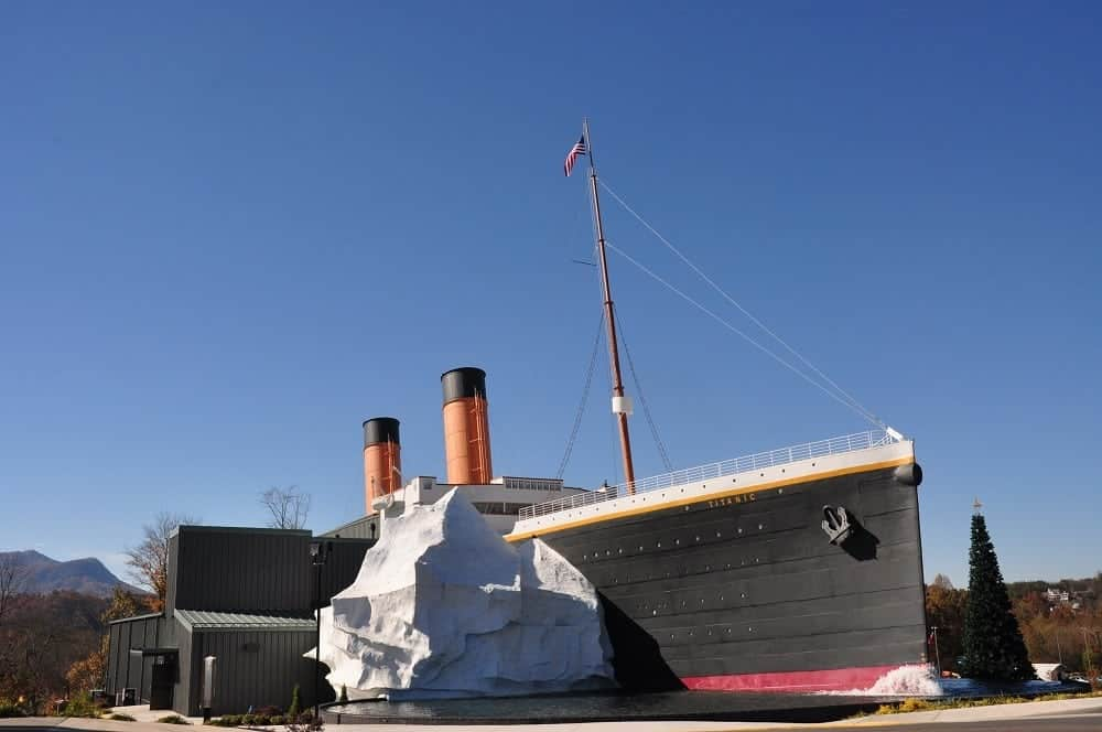 All About the Flashlight Tours at the Titanic Museum in Pigeon Forge