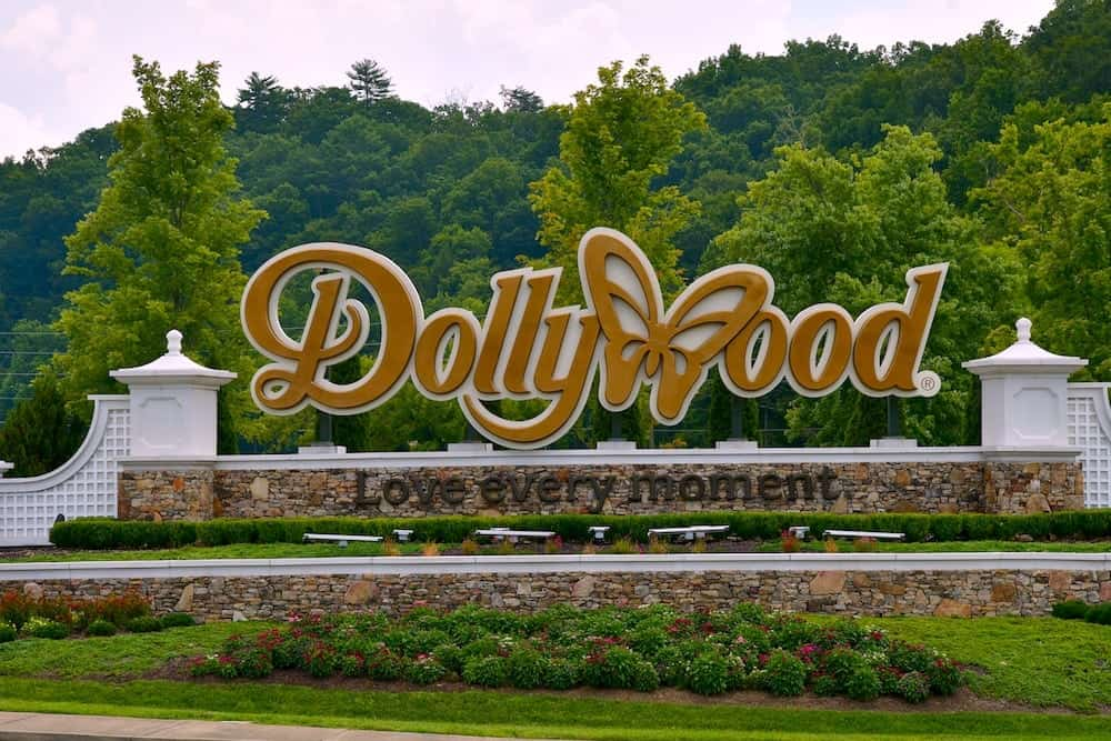 Beautiful sign at the entrance to Dollywood in Pigeon Forge Tn